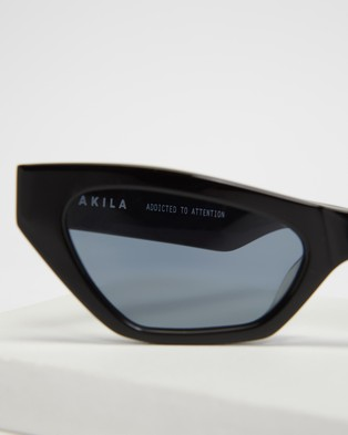 AKILA - Vector Sunglasses (Black)