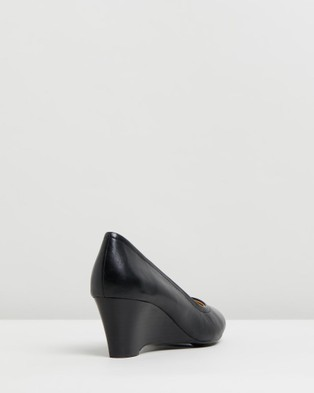 Naturalizer Hydie - Wedges (Black)