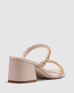 Therapy Goldie Chained - Mid-low heels (Bone)