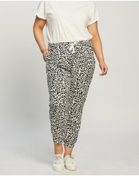 Atmos&Here Curvy - Pixie Relaxed Lounge Sweat Pants