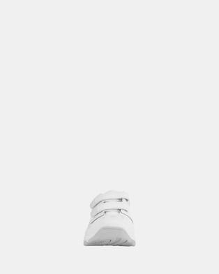 Clarks Advance - Flats (White)