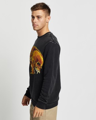 Sunnyville Flaming Skull Crew Sweater - Sweats (Washed Black)