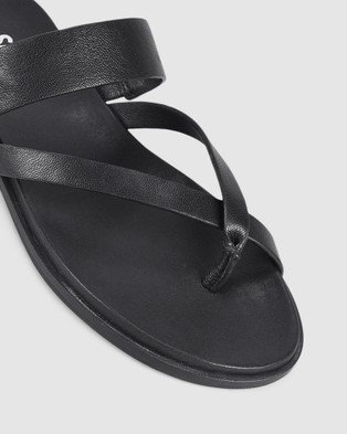 Siren Tuesday - Sandals (Black )