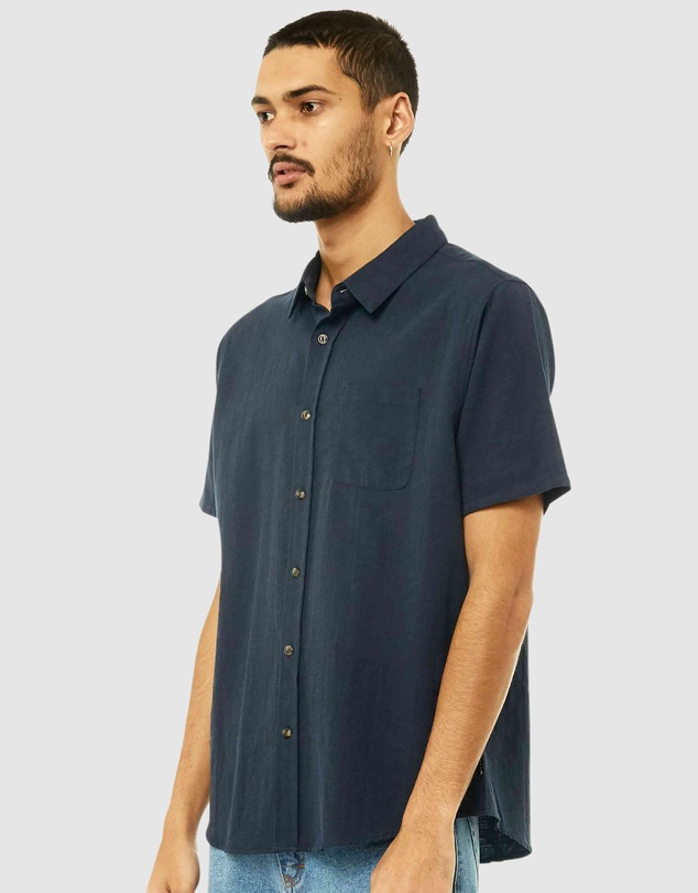 Men Overtone Short Sleeve Linen Shirt