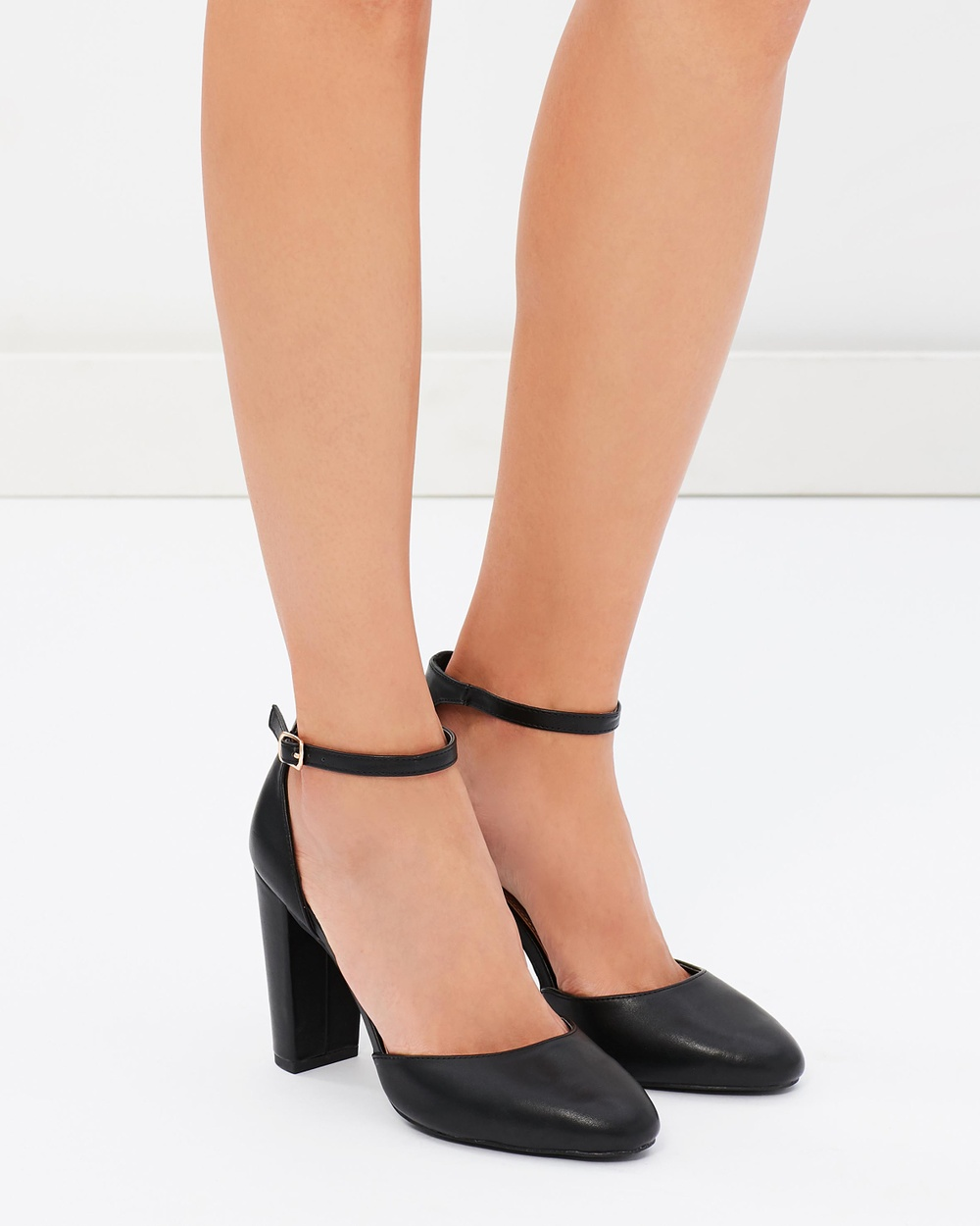 SPURR ICONIC EXCLUSIVE Olli Block Heel Pumps All Pumps Black ICONIC EXCLUSIVE Olli Block Heel Pumps
