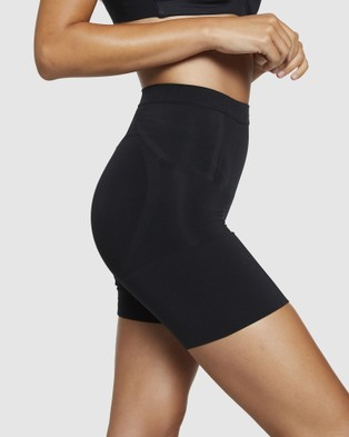 Spanx OnCore Mid Thigh Shorts - Lingerie (Black)