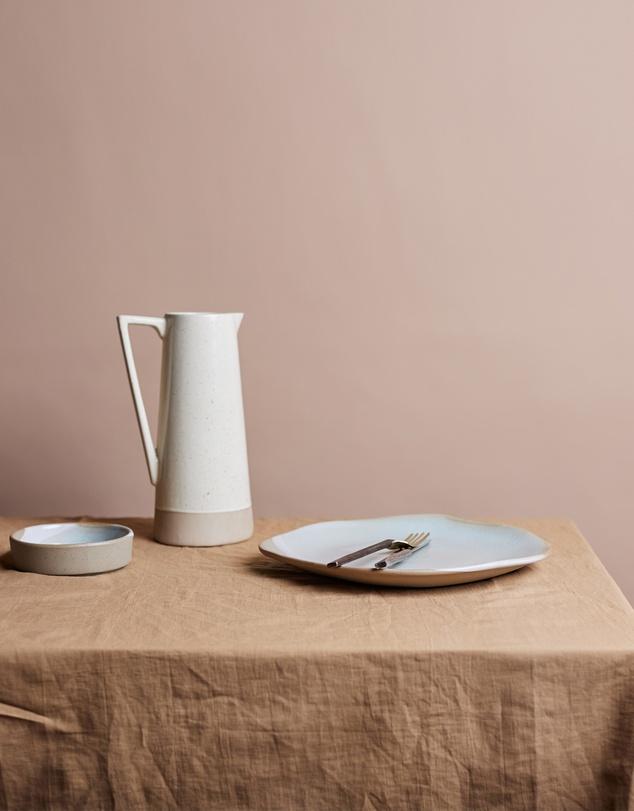 Life Shore Medium Linen Tablecloth