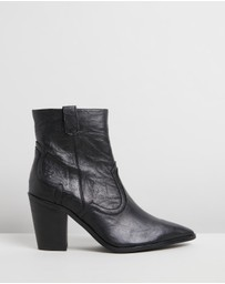 Therapy - Territory Crinkled Leather Ankle Boots