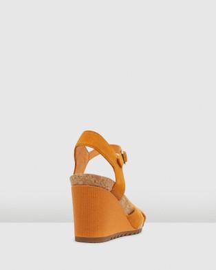 Clarks Flex Sun - Sandals (Amber)
