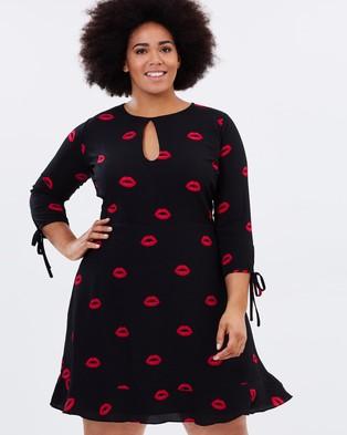 Atmos & Here Curvy – Kiss Me Mini Dress