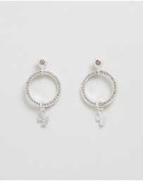 The Moroccan Pave Loop Studs