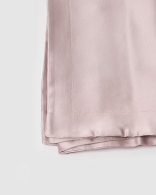 Sleepy Dee 22 Momme Mulberry Silk Reverie Oxford Pillowcase Wellness Pink