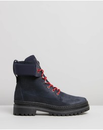 Tommy Hilfiger - Sporty Outdoor Lace-Up Booties
