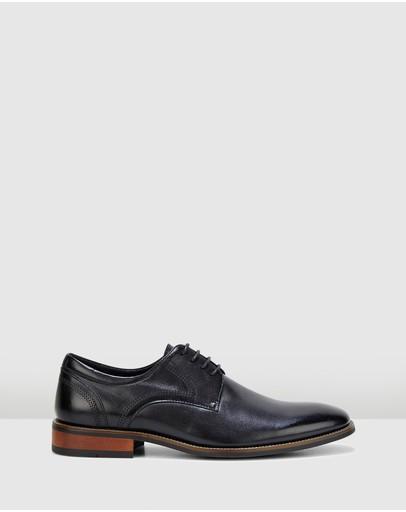 077ca4922f46e Shoes Online | THE ICONIC | Australia