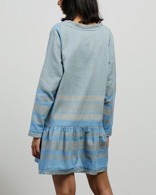 Cecilie Copenhagen Dress 2 V LS - Dresses (Cloud)