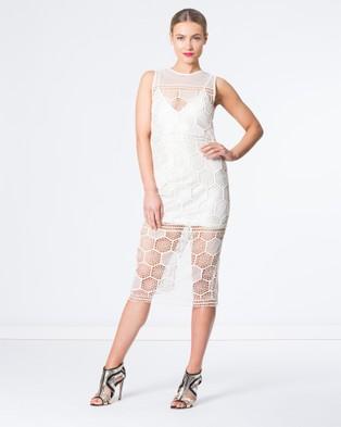 SIYONA – Honeycomb Mesh Dress – Dresses (Cream)