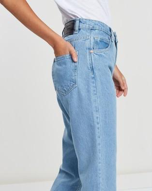 DRICOPER DENIM Girlfriend Jeans - High-Waisted (Light Wash)