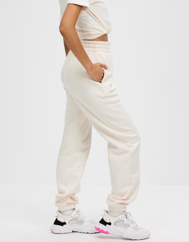Women Adicolor Essentials Fleece Joggers