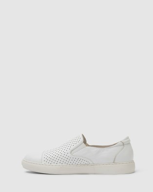Jane Debster Celina - Slip-On Sneakers (WHITE)