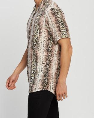 The People Vs. Stevie Shirt - Casual shirts (Python)
