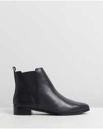 Atmos&Here - Victoria Leather Ankle Boots