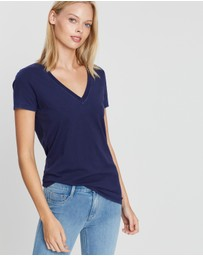 Gap - Vintage Wash V-Neck T-Shirt