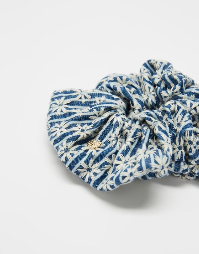 Women Striped Daisy Oversized Scrunchie
