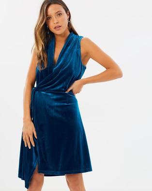 Lioness – Bel Air Velvet Dress