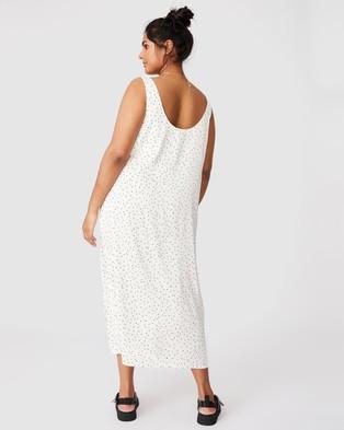 Cotton On Curve Woven Maggie Slip Midi Dress - Printed Dresses (Edie Mini Star Winter White)