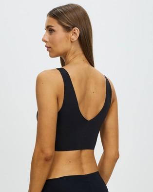 Calvin Klein Invisibles Lightly Lined V Neck Bralette - Crop Tops (Black)