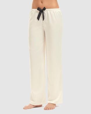 Bluebella Claudia Pyjama Set - Two-piece sets (Cream & Black)