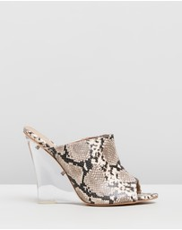 SPURR - Nikita Wedges