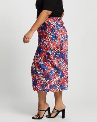 Atmos&Here Curvy Rania Midi Skirt Skirts Dark Abstract Floral