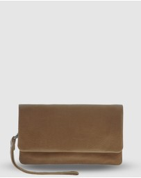 Cobb & Co - Albury Soft Leather Fold Over Wallet