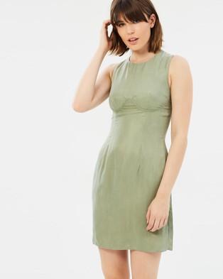 Third Form – The Focus Shift Dress green