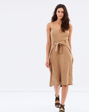 Moon River – Tied Up Dress – Dresses (Tan)