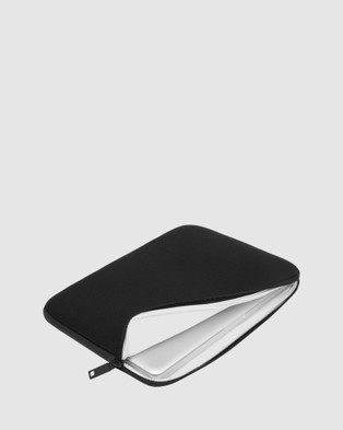 Incase Classic Universal Sleeve For 17 inch Laptop - Tech Accessories (Black)
