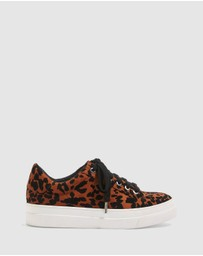 TOPSHOP - Candy Lace-Up Trainers