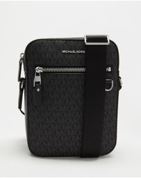 Michael Kors - Henry Logo Flight Bag
