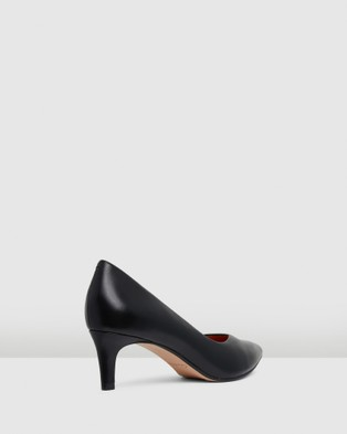 Clarks Laina55 Court - All Pumps (Black Interest Leather)