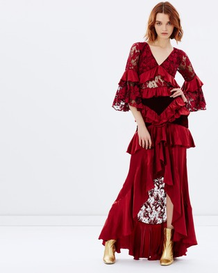 Romance Was Born – Crimson Magnolia Gown – Dresses (Black & Maroon)