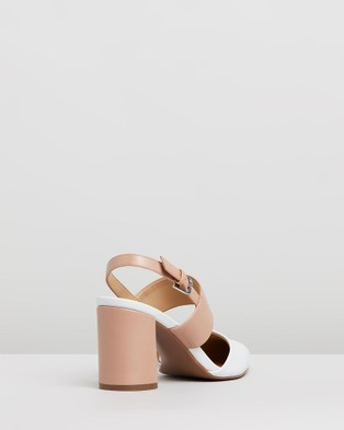 Naturalizer Suzie - All Pumps (White & Nude)