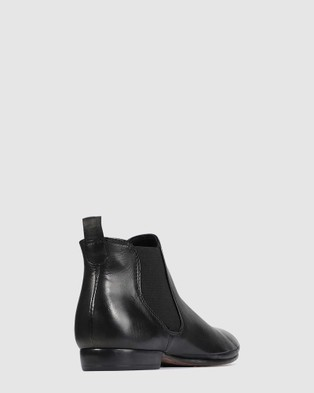 Eos Nila - Flats (Black)
