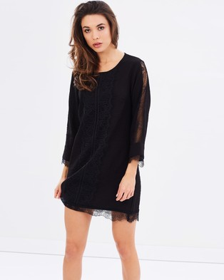 Atmos & Here – Mandy Lace Sleeve Shift