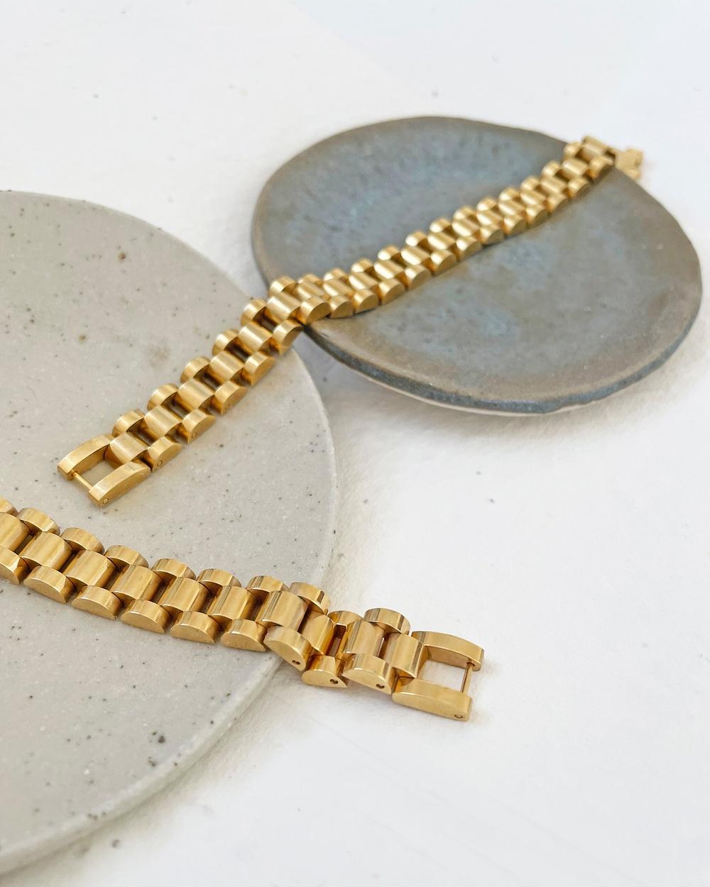 Arms Of Eve Dylan Gold Bracelet Medium Jewellery Gold