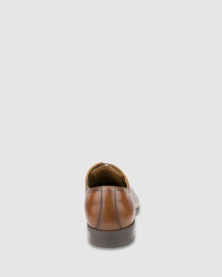 Florsheim Jackson Plain - Dress Shoes (Tan)