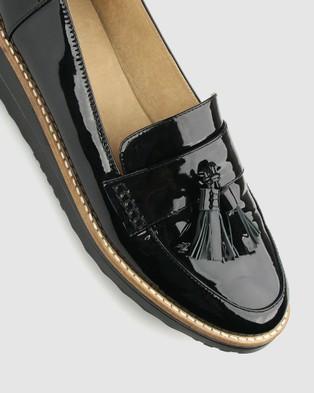 Airflex Dori Leather Loafers - Flats (Black Pat)