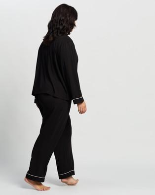 Atmos&Here Curvy Emma Long PJ Set Two-piece sets Black
