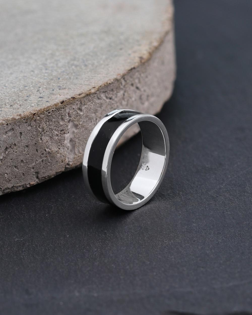 Kuzzoi Ring Basic Geo Black Enamel Cool 925 Sterling Silver Watches Silver