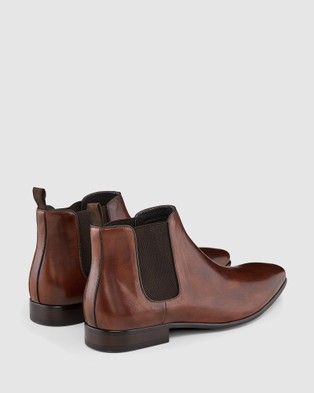 Aquila Warnock - Dress Boots (Brown)